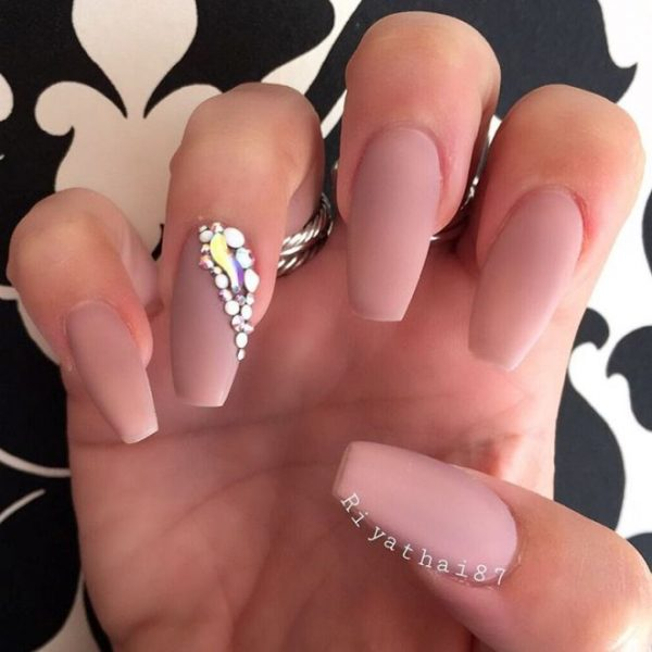 nude color ballerina nails bmodish