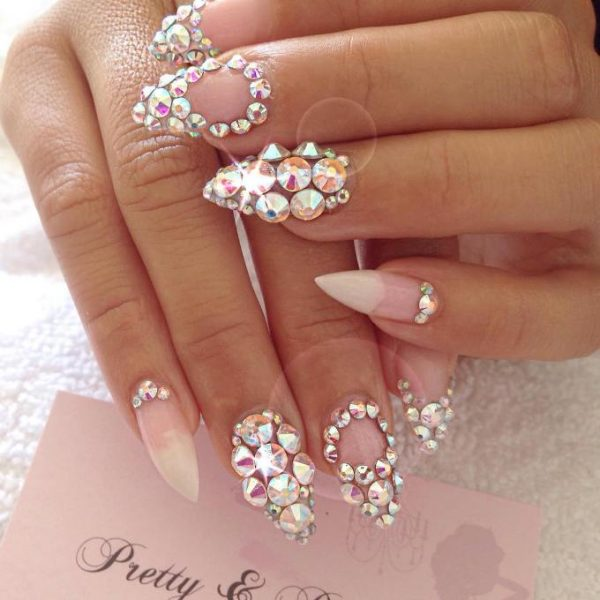 30 Fabulous Pointy Nail Designs To Try - Be Modish