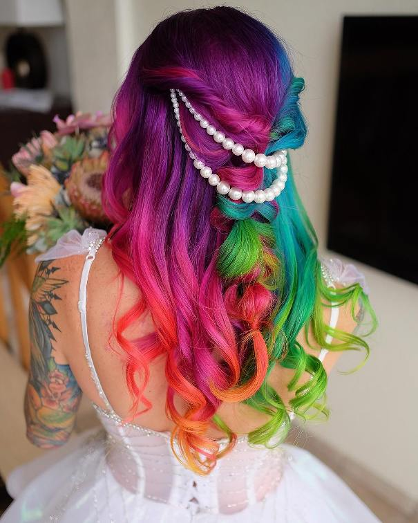 30 Stunning Wedding Hairstyles Ideas In 2019: 30+ Stunning Colored Wedding Hairstyles