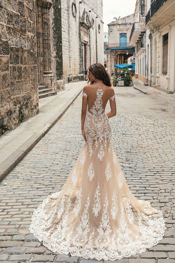 Julie Vino Havana 2018 12 Bmodish