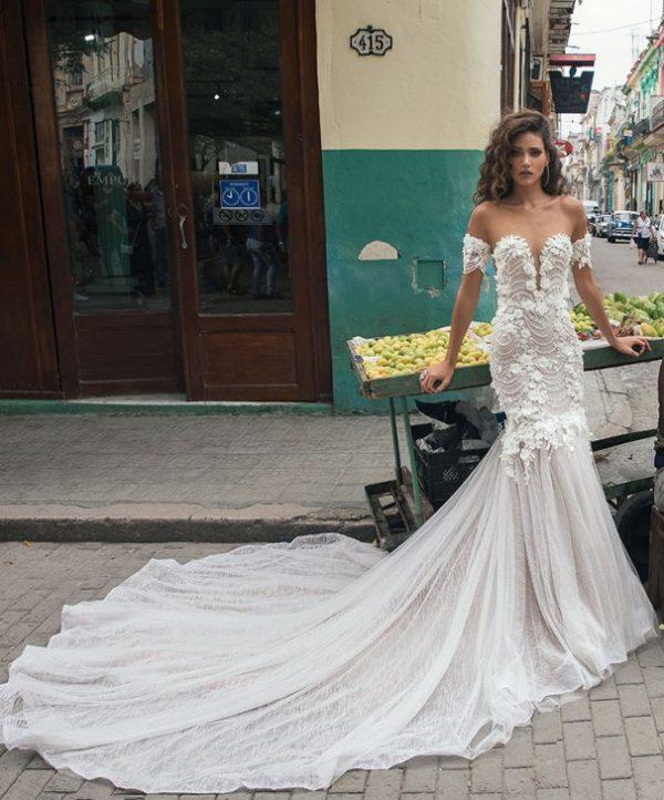 Julie Vino Havana 2018 19 Bmodish