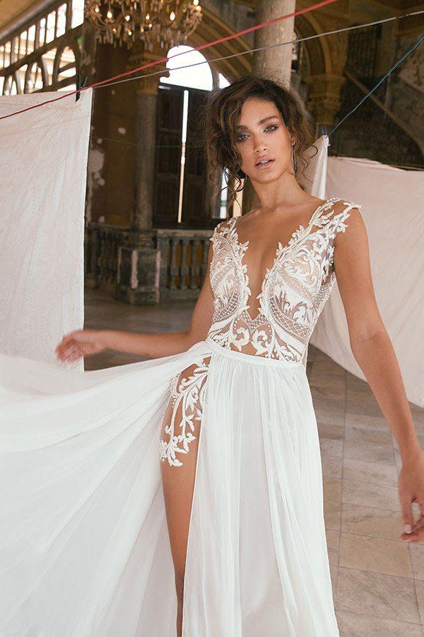 Julie Vino Havana 2018 50 Bmodish