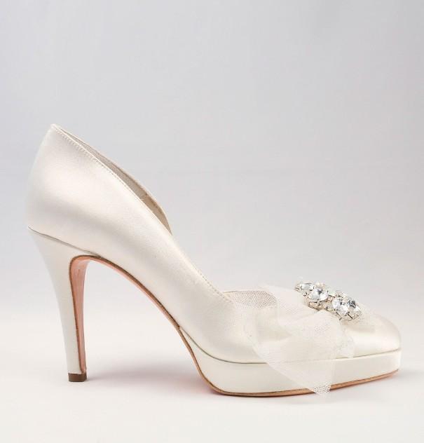 White Satin Wedding Shoes with bow Alessandra Rinaudo 19 bmodish
