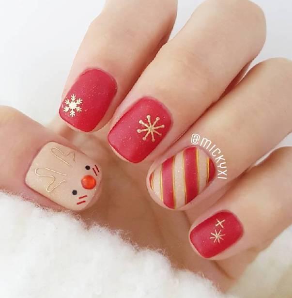 snowflakes winter nail designs