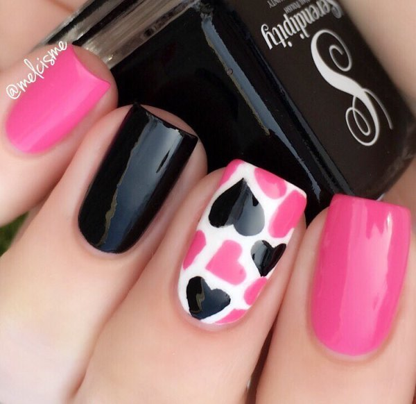 black and pink nail designs