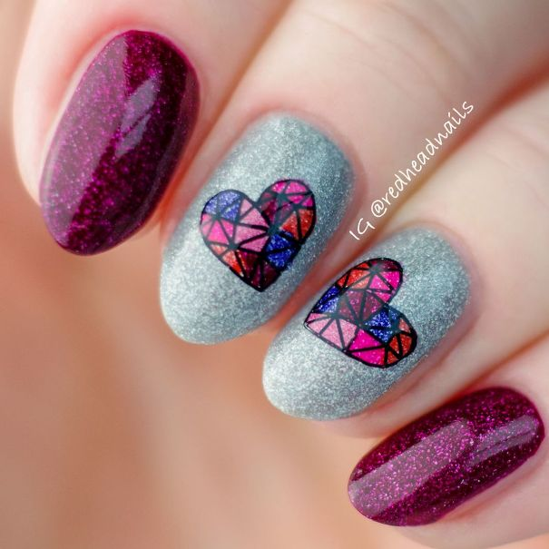 mozaic heart nail art