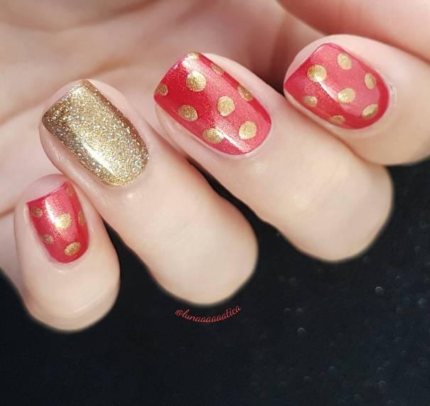 simple polka dots nail designs