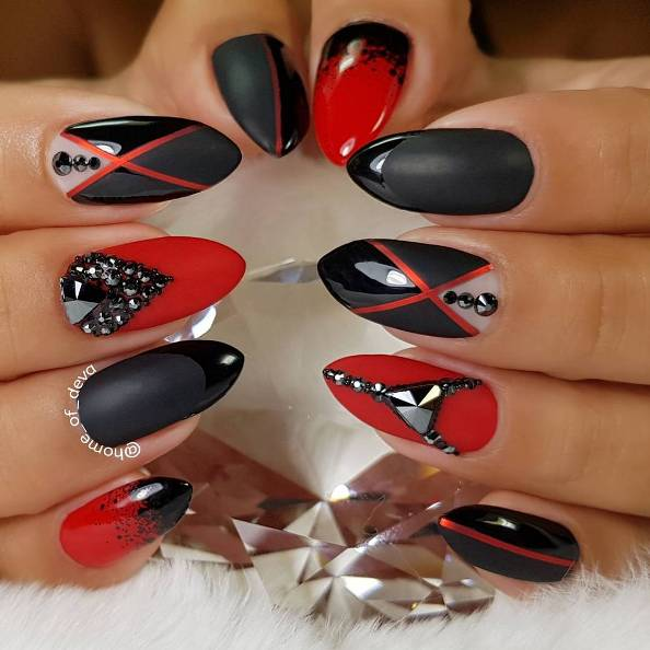 Mix match red and black nails bmodish