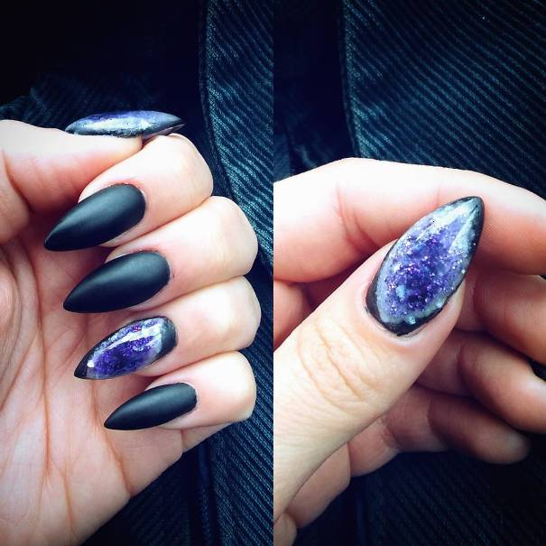 geode almond shape nail design