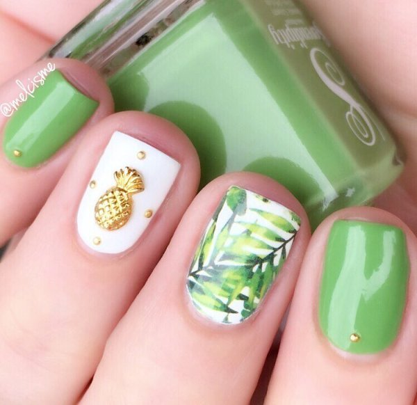 pineapple embellished tropical nails bmodish