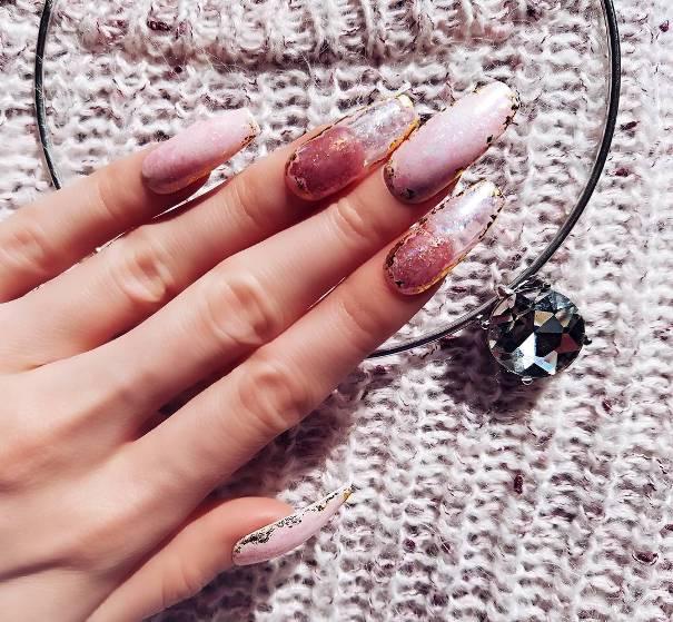 quartz geode nail designs
