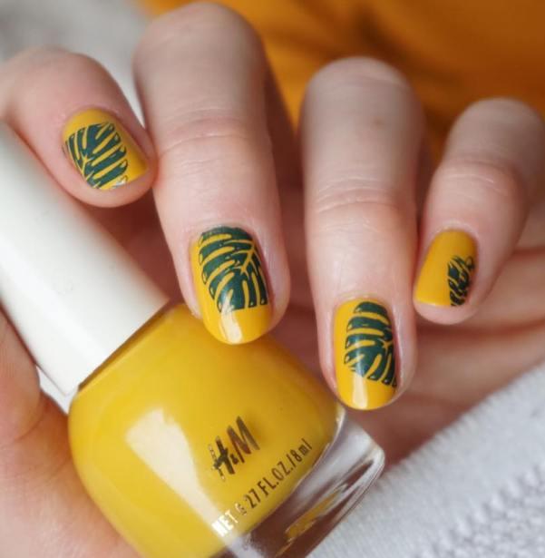 simple summer tropical plant nail art bmodish