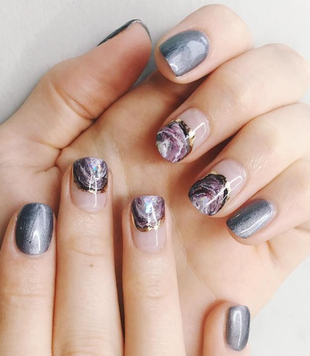 slice geode short nail design