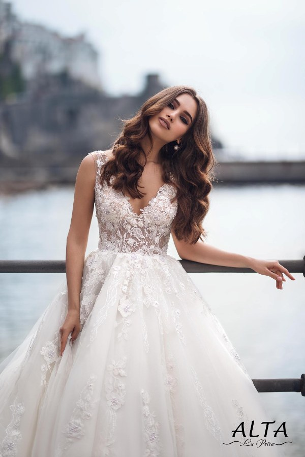 LaPetra 2019 alta wedding dress 1 bmodish
