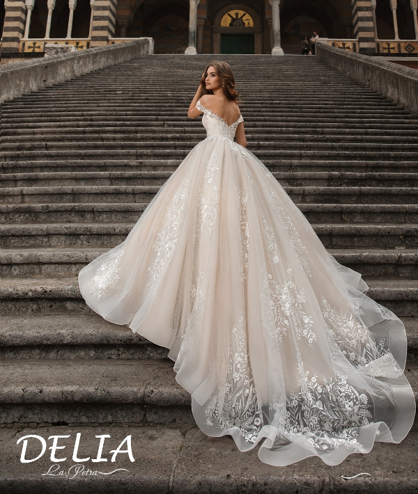 LaPetra 2019 delia wedding dress 1 bmodish